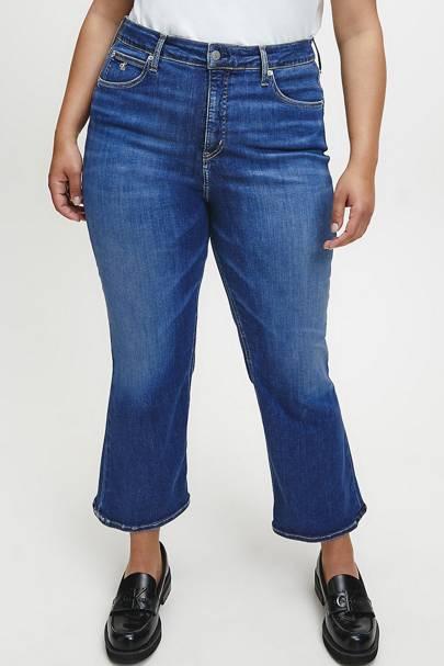 Best Jeans For Curvy Women: Kick Flare