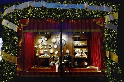 Harrods Christmas Window Dolce Amp Gabbana Glamour Uk