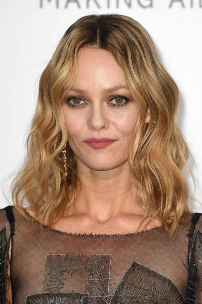a44029f23a8 We re obsessed with Vanessa Paradis  pretty matte lip shade