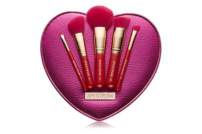 spectrum's valentine's day makeup brushes review  glamour uk