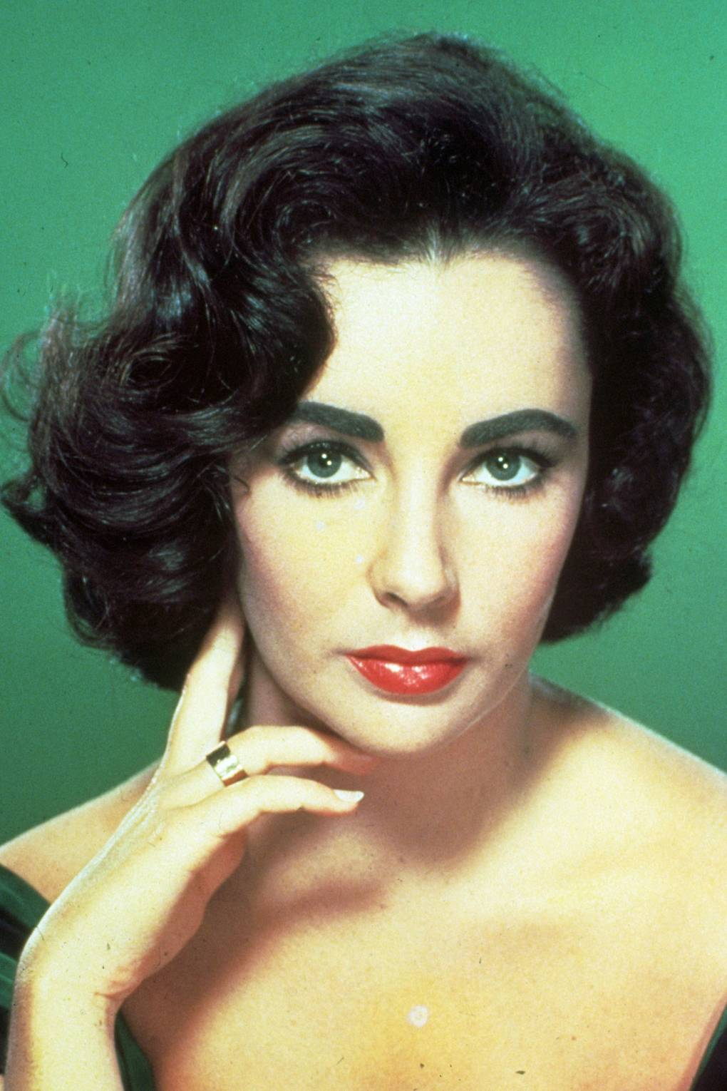 Elizabeth Taylor's Fitness And Beauty Secrets Revealed forecasting