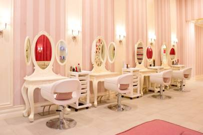 The hello kitty spa dubai mall review pictures for A french touch salon