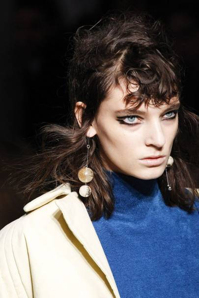Autumn 2017 hairstyles backstage hair pictures first look punk rock urmus Image collections