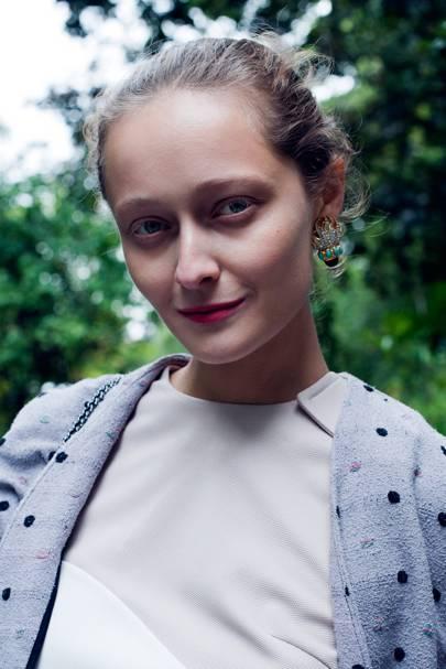 Darie Shapovalova, Now Fashion Presenter