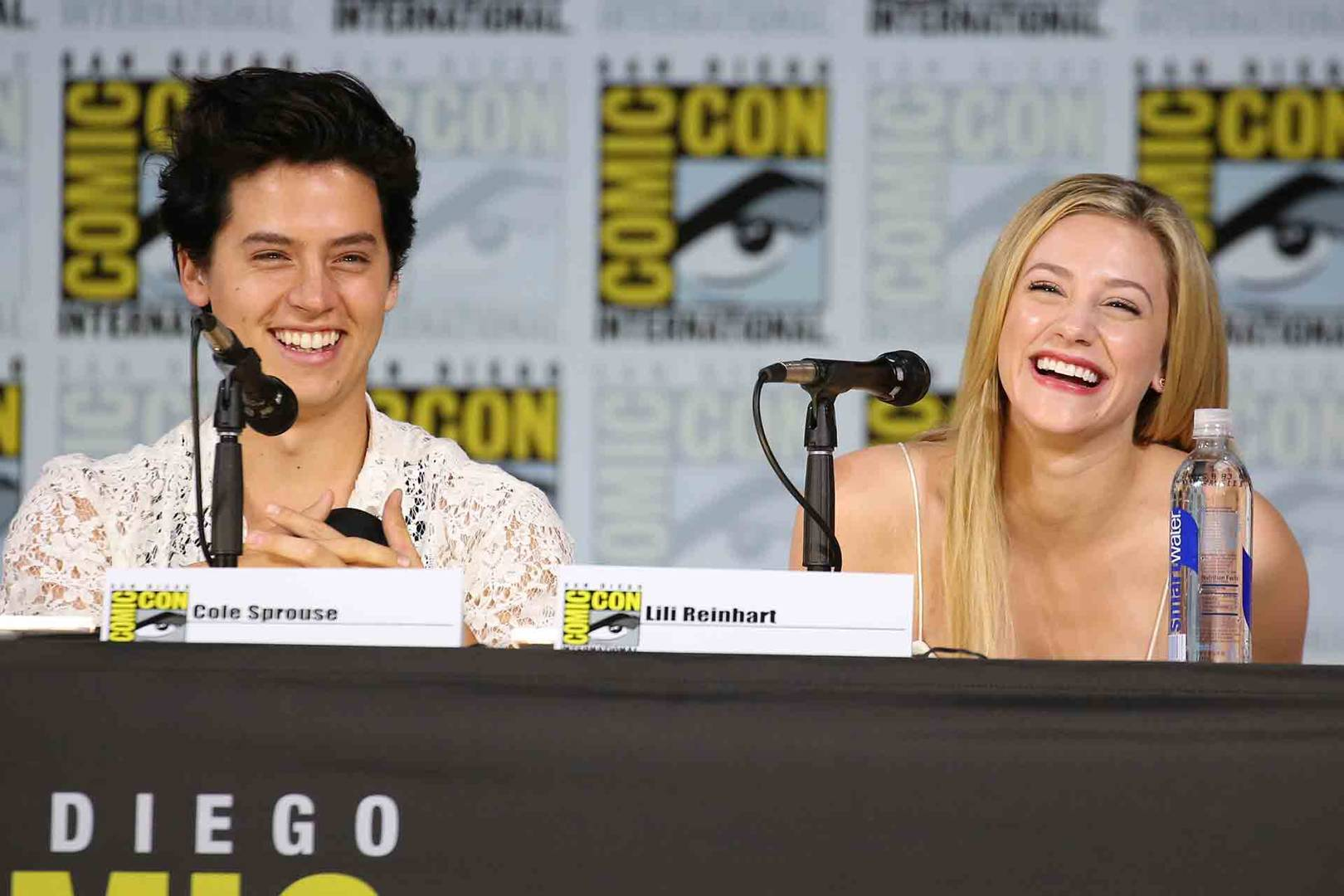 Who is lili reinhart dating 2018