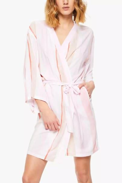 Bridesmaid robes: the patterned dressing gown