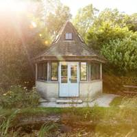 Best Airbnb in the Cotswolds for families with young children