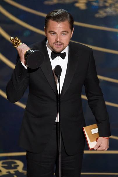 Leonardo DiCaprio FINALLY won an Oscar
