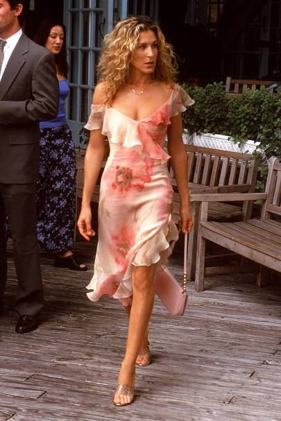 CARRIE'S FLORAL DRESS