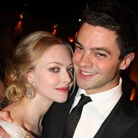 Amanda Seyfried & Dominic Cooper