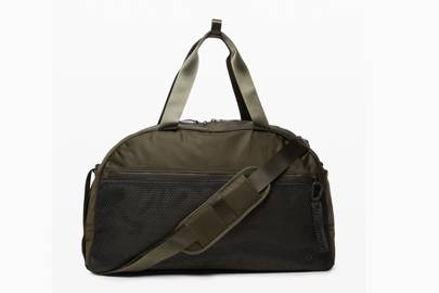 Best Lululemon weekend bag