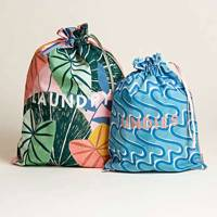 Best travel gifts: the laundry bags