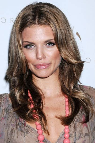 Brown Hair With Highlights Is Trending, Here Are 29 Looks ...