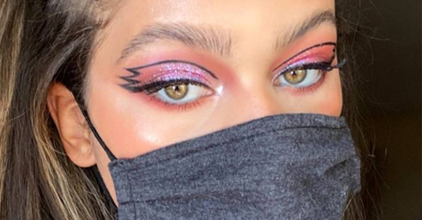 How To Up Your Eye Makeup Game When Wearing A Mask Glamour Uk