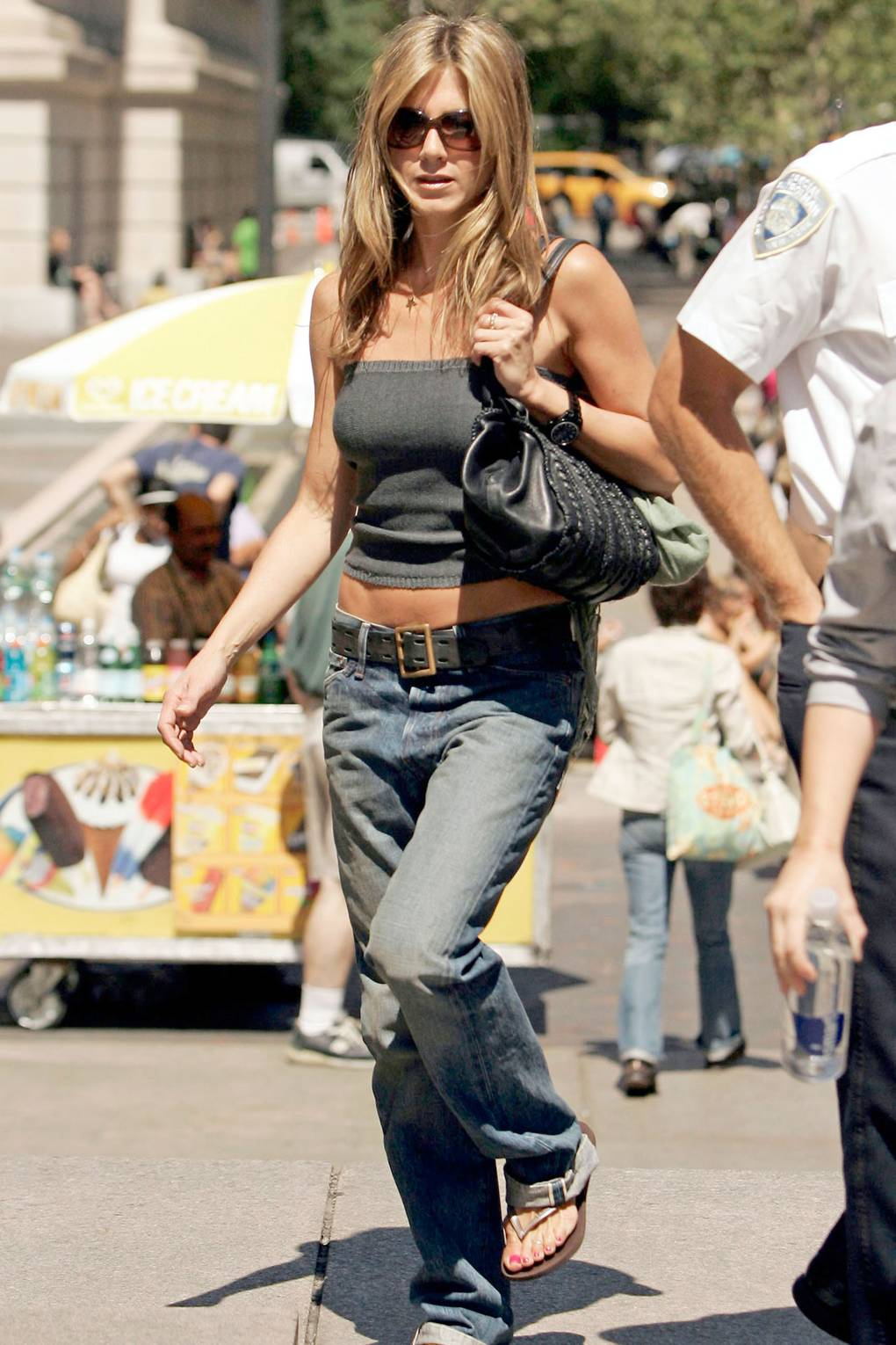Clothes in Jennifer aniston casual