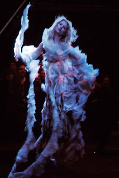 Hologram of Kate Moss at Alexander McQueen