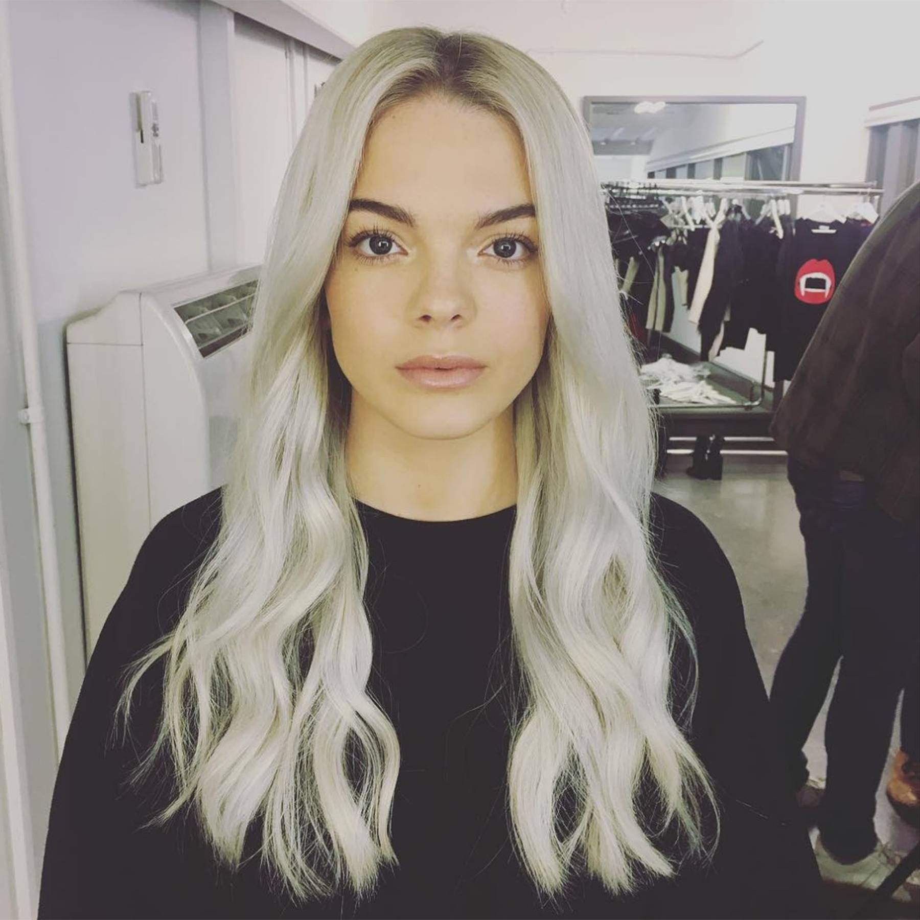 Hair Extensions How To Wear Glue In Extensions Like Celebrities