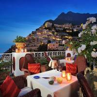 Best for: Cliff-top views and luxury