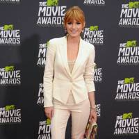 Bella Thorne at the MTV Movie Awards