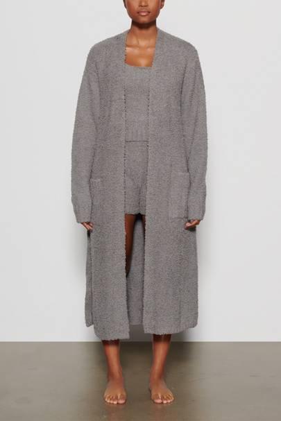 Skims Loungewear: the robe
