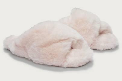 Best women's slippers UK: fluffy slippers