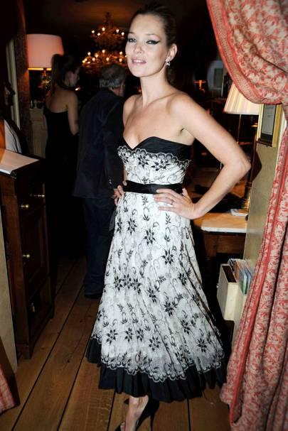 Kate Moss – Lacy Lady