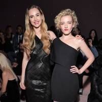 Suki Waterhouse & Julia Garner