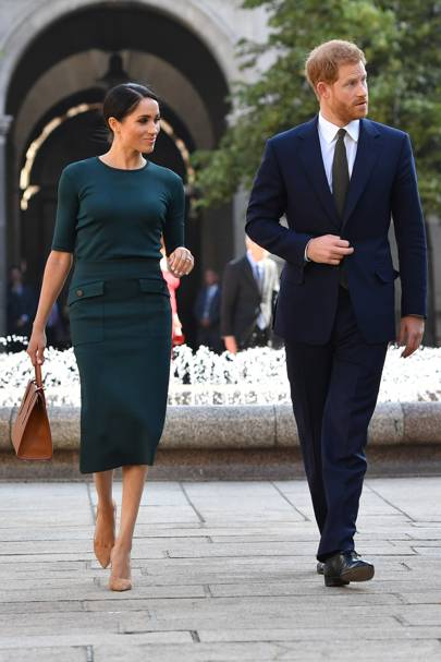 dce4b22da2 Meghan Markle Style   Fashion Pictures  Her Best Dressed Moments ...