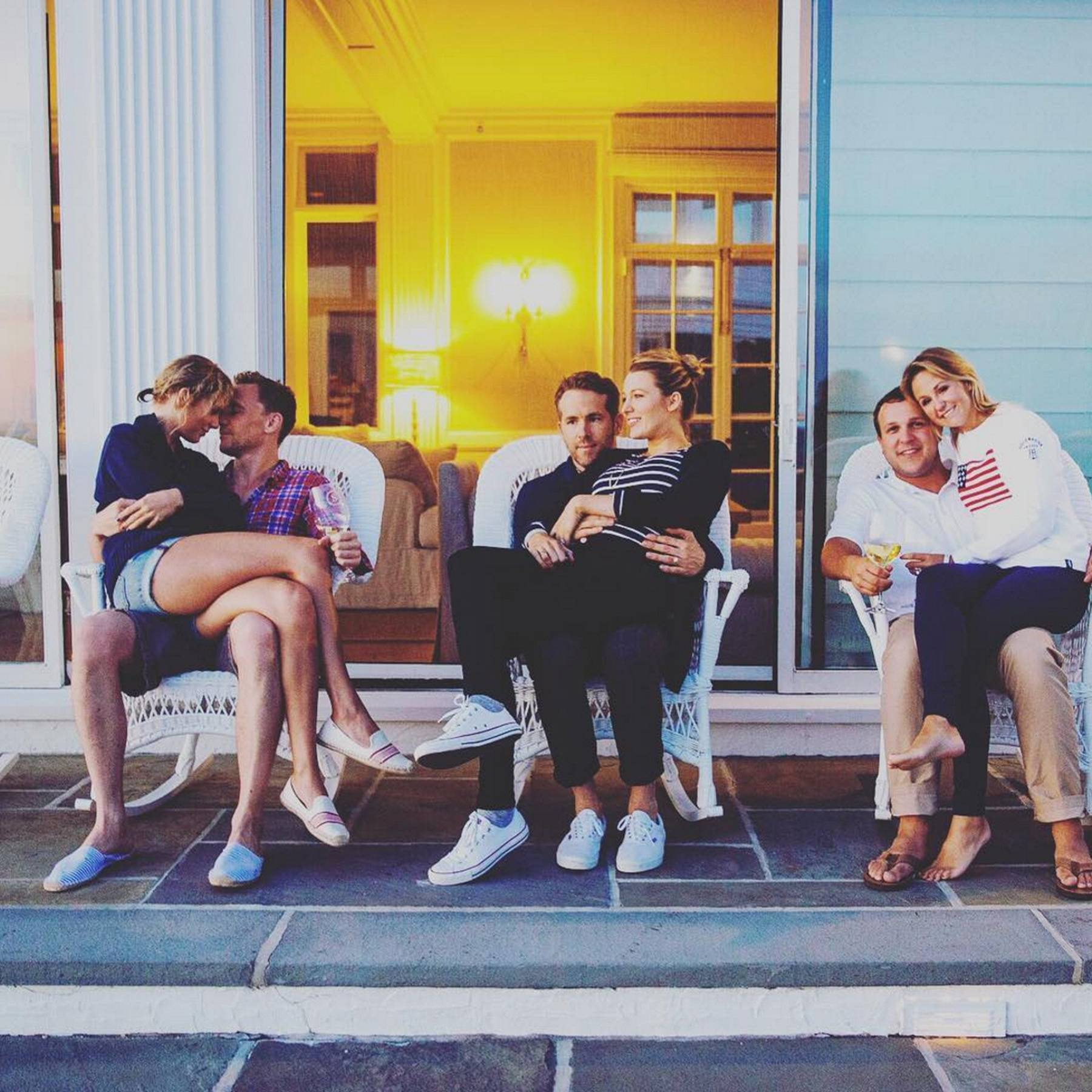 Taylor Swift & Tom Hiddleston Dating: Pictures & News