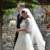 Lily Allen becomes a wife & a mum