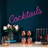 Gifts for her: the neon sign