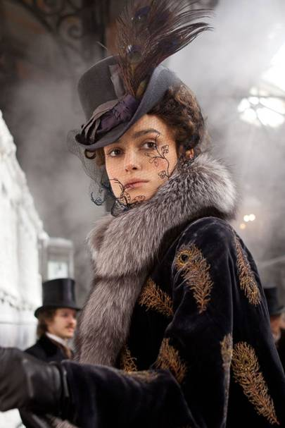 Best Movie Costumes & Iconic Dresses in film – GLAMOUR com