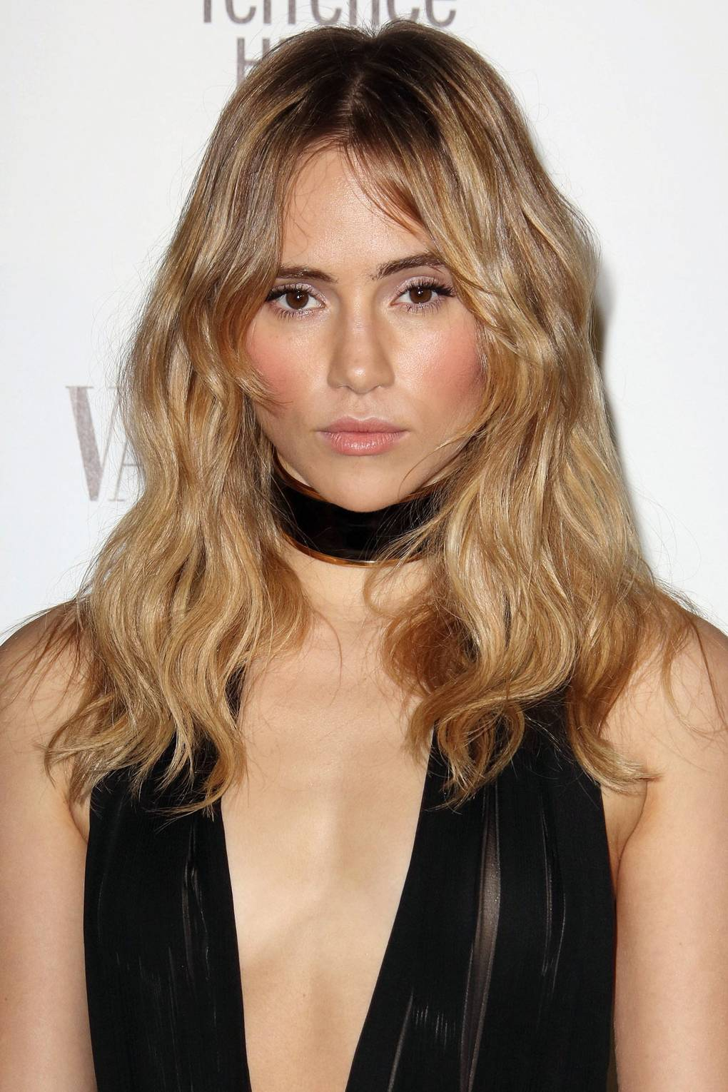 humidity hair: hairstyles for frizzy hair weather | glamour uk