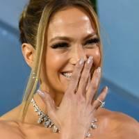 Jennifer Lopez's Sparkling Champagne