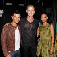 Taylor Lautner, Chris Hemsworth and Zoe Saldana at the Teen Choice Awards 2012