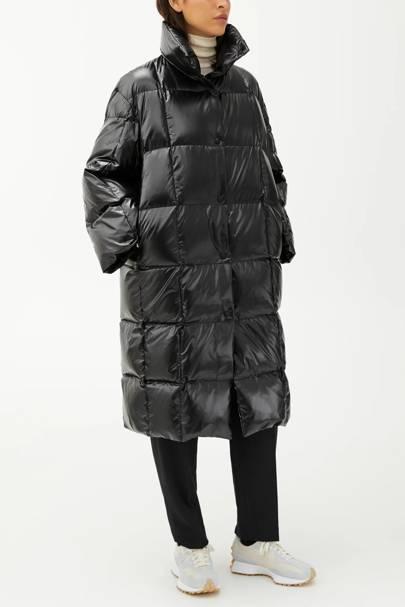 Arket Puffa Coat: Shiny Down