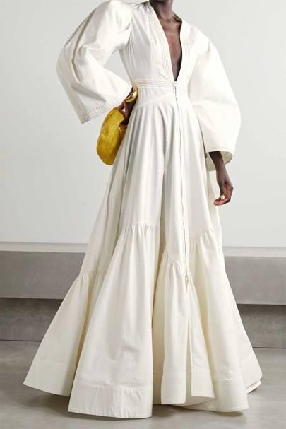 LONG-SLEEVED WEDDING DRESS: V-NECK