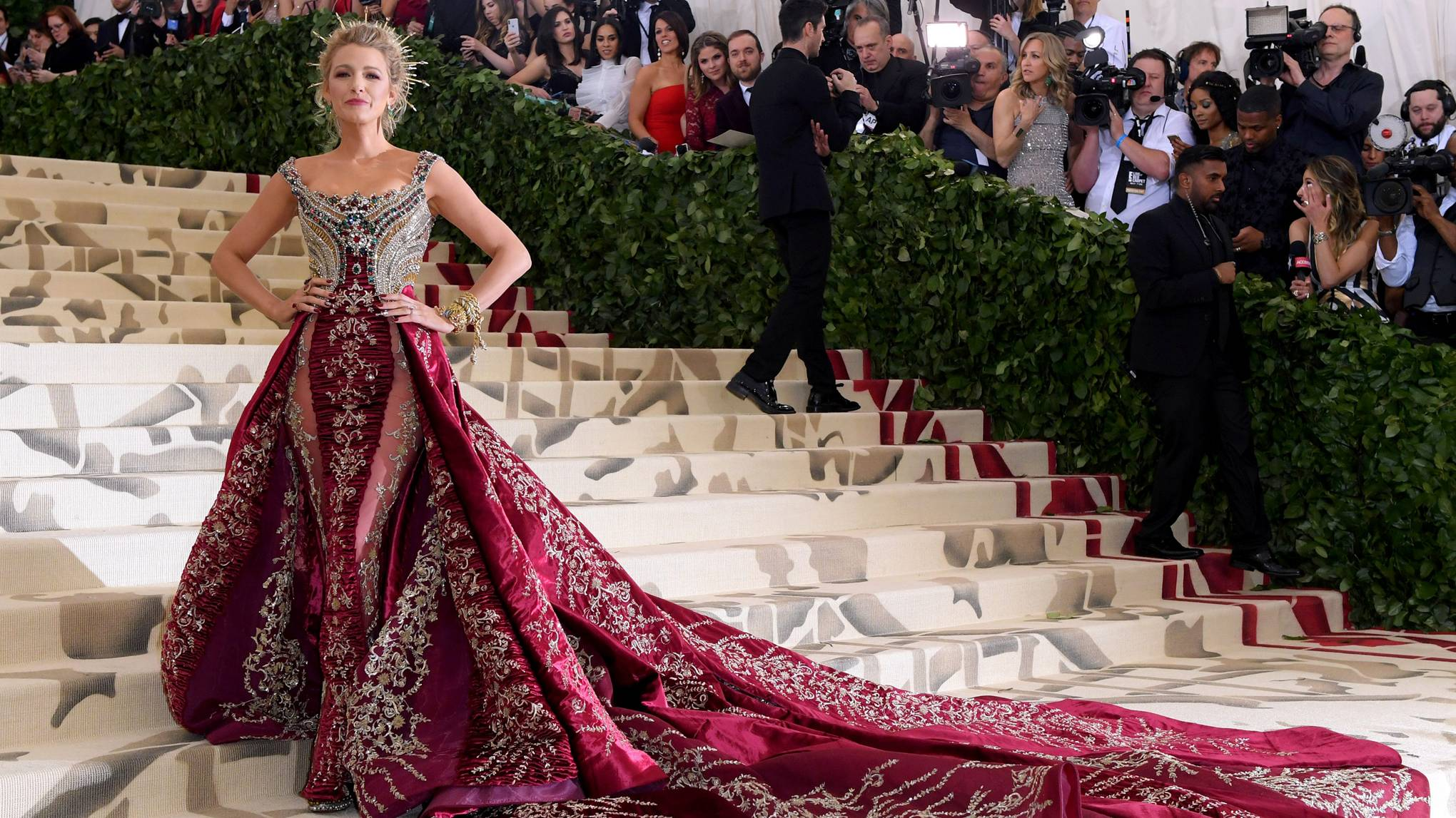 693363fe54 Met Gala 2018 Dresses  Red Carpet Arrivals