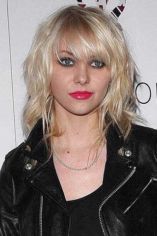 Shag Haircut 70s Style Hair January Jones Julianne