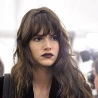The sleek side sweep might just be the defining fringe of the decade gracing every red carpet and glam evening event. Better yet, it doesn't even require a ...
