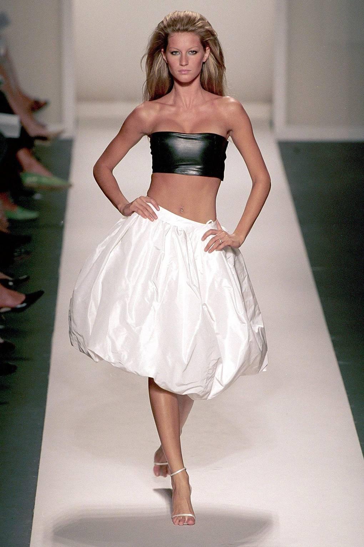 96999834e Gisele Bundchen catwalk iconic moments model career pictures; GLAMOUR.com  (UK) | Glamour UK
