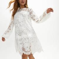 Best Coast Dresses Summer 2021 - Delicate Lace