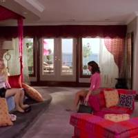 Regina George's bedroom - Mean Girls