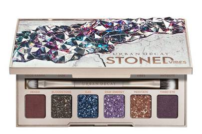 Urban Decay Black Friday Deals: 40% off Stoned Vibes eyeshadow palette
