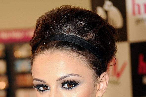cher lloyd s beehive hairstyle celebrity hair and hairstyles glamour uk. Black Bedroom Furniture Sets. Home Design Ideas