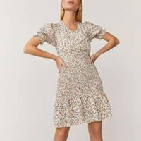 Best Coast Dresses Summer 2021 - Ditsy Floral