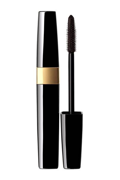Best waterproof mascara for natural-looking lashes