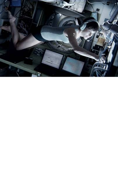 Sandra Bullock and George Clooney - Gravity
