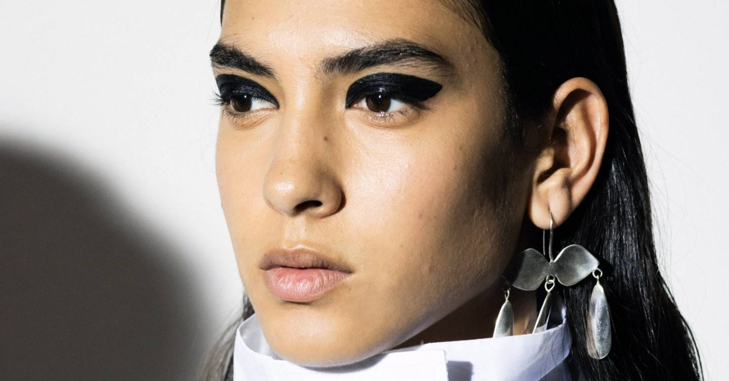 Thumbprint eyeliner, glossy skin and faux mohawks: These are the standout beauty looks from New York Fashion Week