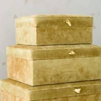 Best storage solutions: the velvet boxes
